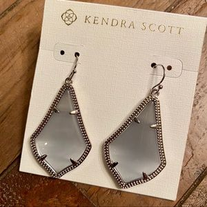 Kendra Scott Jewelry - Kendra Scott Alex Slate Cat Eye With Silver
